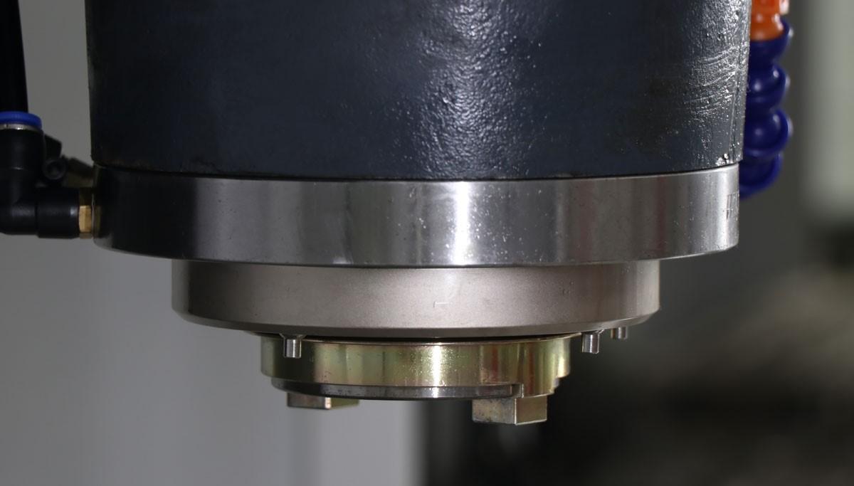 硬轨立式加工中心VH-850(图2)
