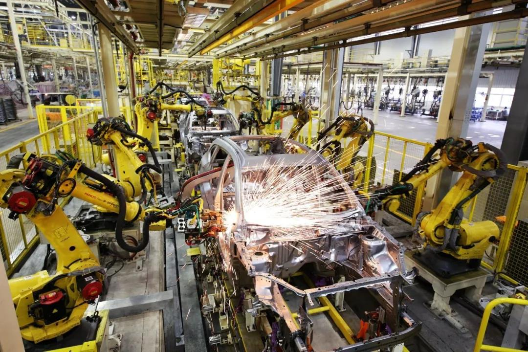 巨高机床:汽车产业给机床行业带来的机遇与挑战(图1)